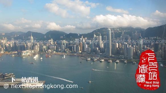 天際100香港觀景台上看香港