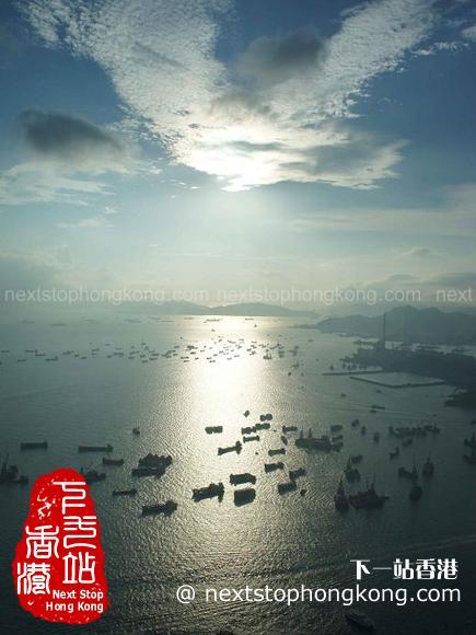 從天際100香港觀景台看維港景色