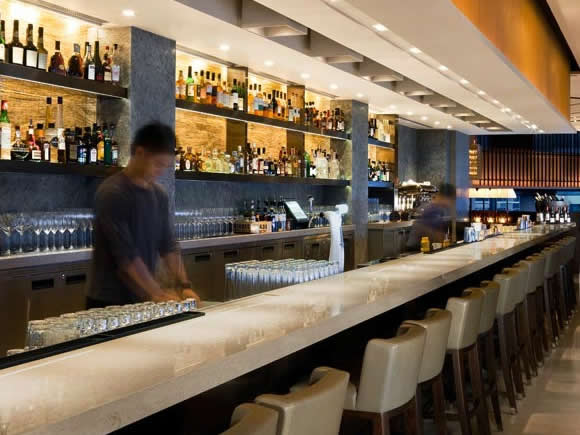 Café Gray Deluxe Bar