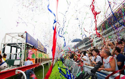 Season Finale 2012 Jockey Parade
