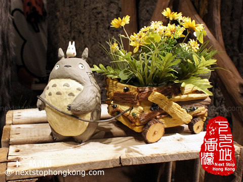 Totoro Flower Pot of Donguri Republic Shop