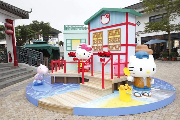 Ngong Ping 360 Meets Hello Kitty Christmas Event 2015