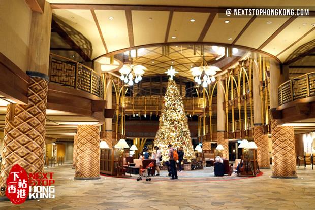 The Lobby of Disney Explorers Lodge