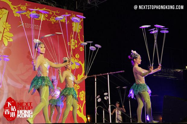 Chinese acrobatics on Mid-Autumn Carnival Night